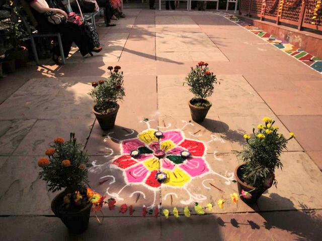 Rangoli in a French School