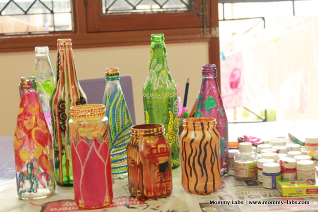 Hand painted glass bottles and jars different ways to paint for Waste material craft ideas in hindi
