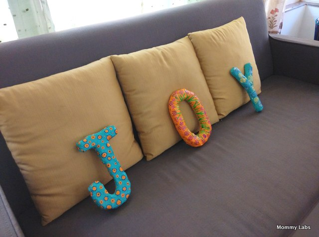 how to make paper mache letters and words